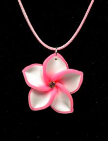 Süthető gyurma ékszer - nyaklánc rózsaszín