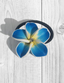 Süthető gyurma ékszer - hajgumi kék